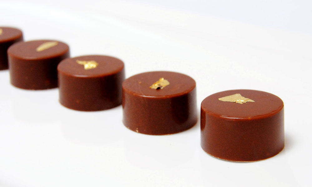 bonbon-chocolat-caramel-beurre-sale-2