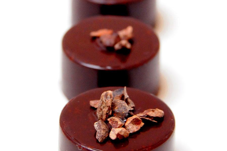 Recette de bonbon chocolat noir et grué de cacao