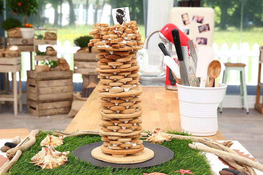 Recette de la Tour génoise en biscuits Corses